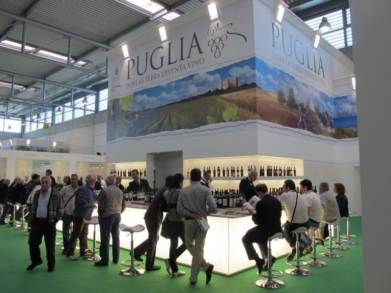 Wine Tasting Tip #3 - Italian sommeliers host regional tasting bars at VinItaly. Use regional tasting bars as a great way to experience what the region has to offer in short period of time.