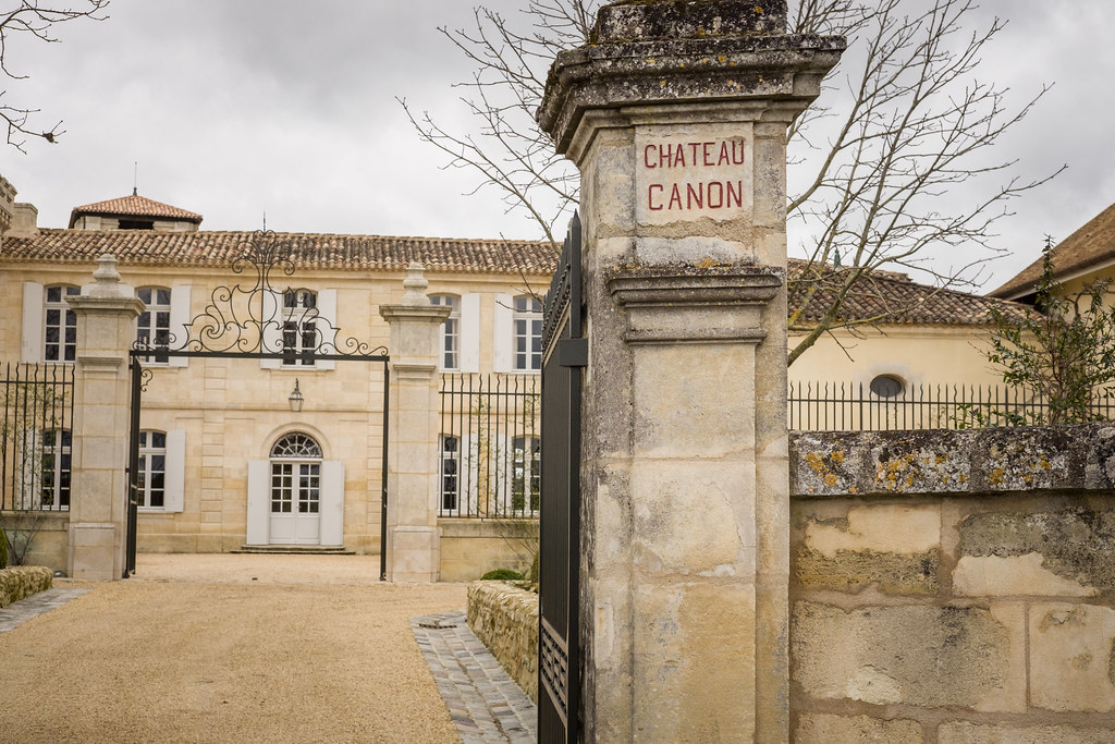 Image of Chateau Canon in Bordeaux, why sommeliers and online wine students need to learn the history of French wine law
